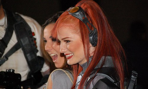 StarCraft II Midnight Launch Event Brings Giant Crowd and Country Music in Orange County, CA