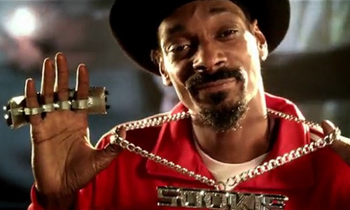 OH SOOKIE: Snoop Dogg Hits on Bon Temps Hottest Waitress