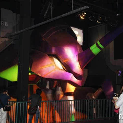 Here Comes a New Challenger – Life-Size Eva Unit-01 Unveiled