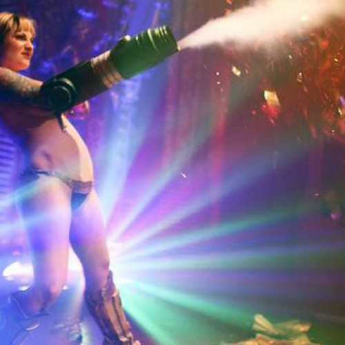 (NSFW) Samus Gets Down and Dirty at a Burlesques Show