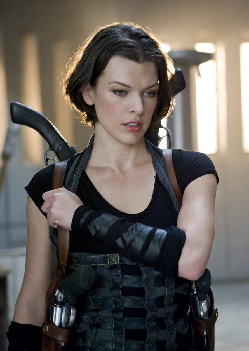 RESIDENT EVIL: AFTERLIFE 3D Review! - Nerd Reactor
