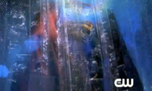 Superman Returns Costume Appears in New Smallville Promo