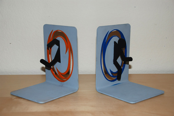 Portal bookends nerd reactor - Portal bookend ...