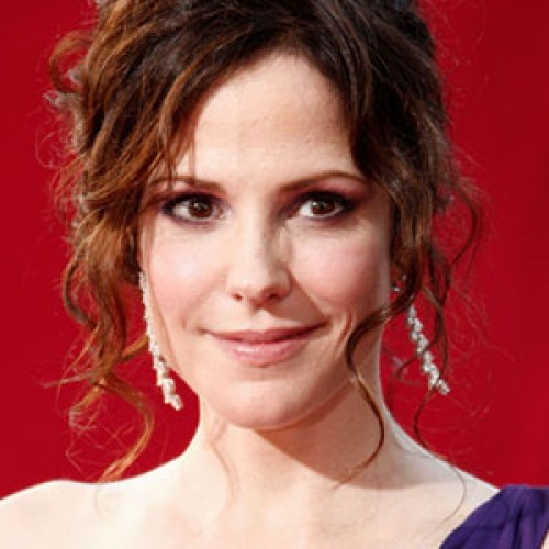 Mary Louise Parker May Be the Next Lois Lane