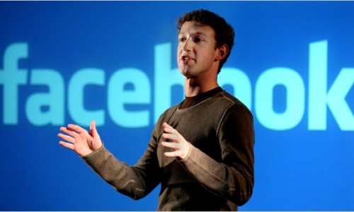 Mark Zuckeberg Takes Facebook Staff to See The Social Network