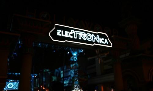 ElecTRONica Review at Disney's California Adventure Park!