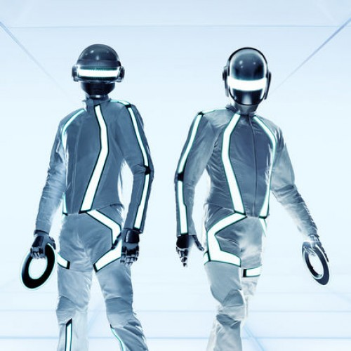 Dark Side of the Moon & The Wizard of Oz movie sync? Try Random Access Memories & Tron: Legacy