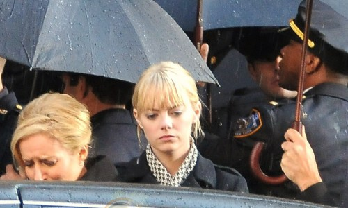 Emma Stone as Gwen Stacy on Spider-Man Reboot Set Photos