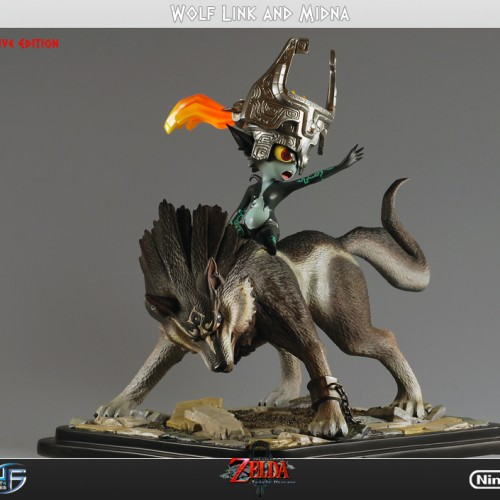 Wolf Link and Midna Statue: OMG, Her Hair Lights Up!