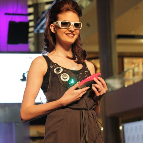 CES 2011: FashionWare Mixes Fashion and High-Tech Gadgets Together