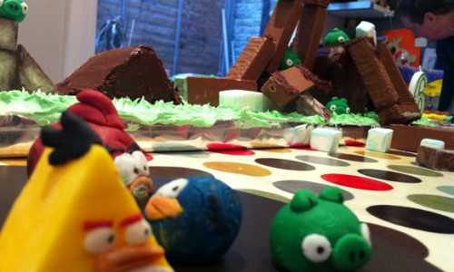 Playable Angry Birds Birthday Cake – Video