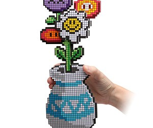 8 bit flower bouquet from from thinkgeek