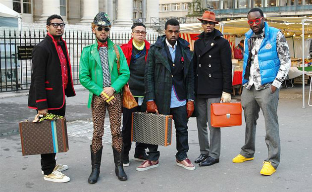 street shot in paris fashion week 2009 with kanye west