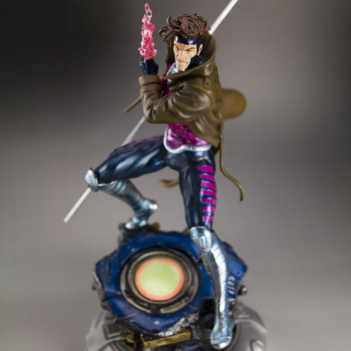 Kotobukiya's Danger Room Gambit Statue Coming December