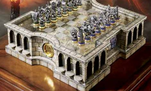 Do You Like Your Lord of the Rings in Chess Form?