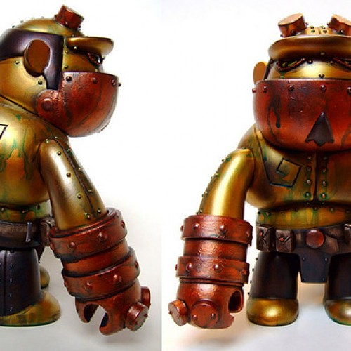 Steampunk Hellboy Qee Figure
