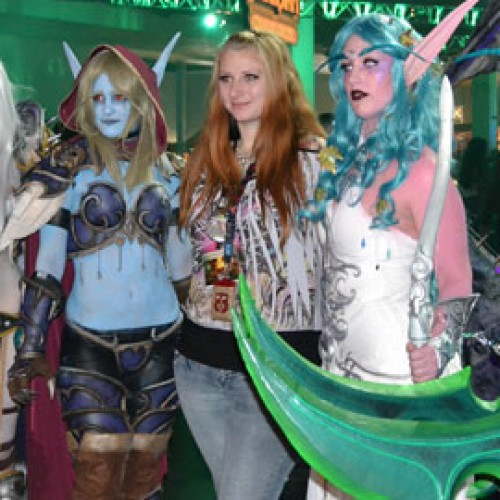 BlizzCon 2011 Report – Cosplaying Babes and More Goodiness