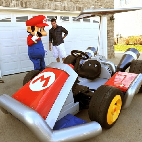 Mario delivers real-life Mario Kart to man in Tennessee (jealousy inside!)