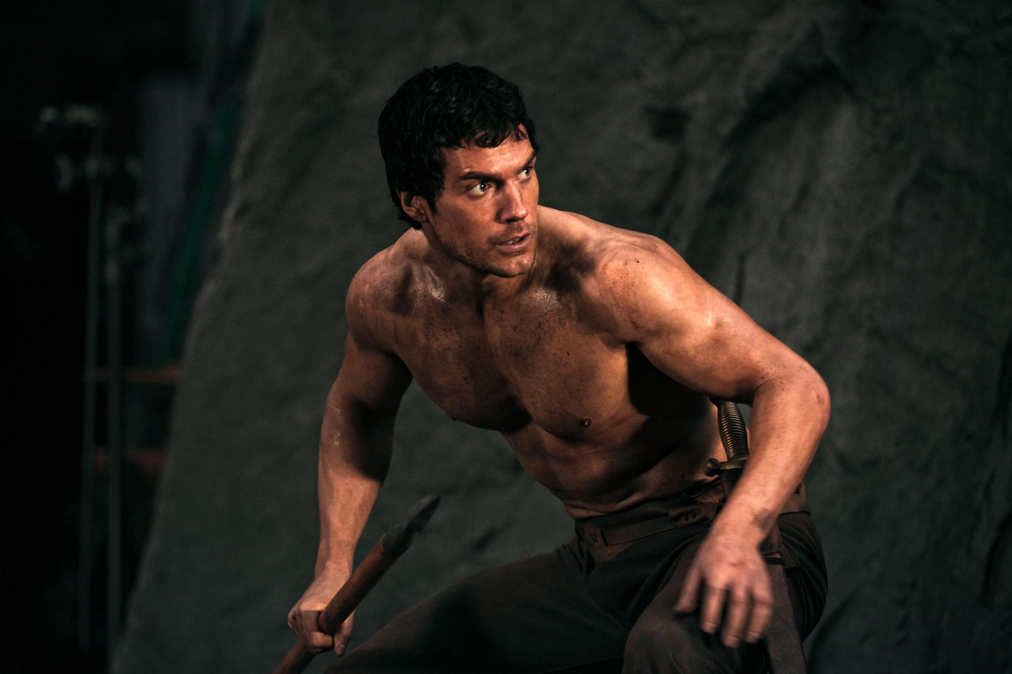 shirtless henry cavill as theseus in immortals movie