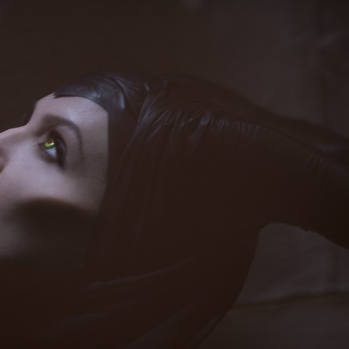 Official image of Angelina Jolie as Maleficent surfaces