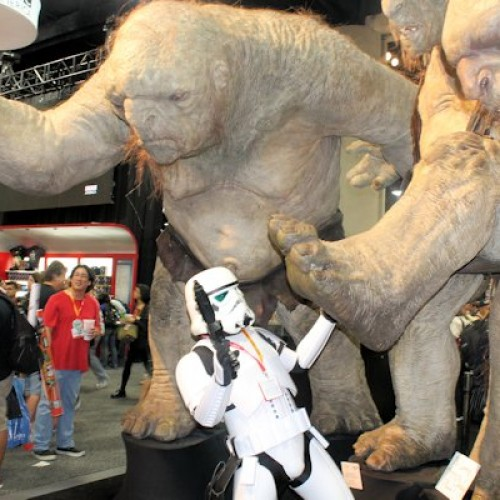 Comic-Con Day 1 Pictures: Figures, Batmobiles, and booths galore