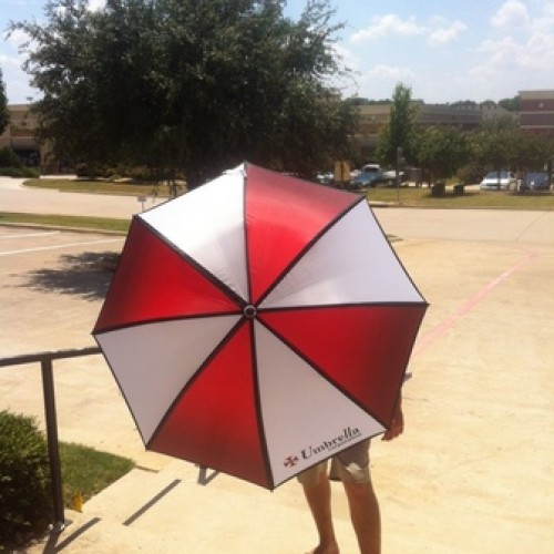Preordering Resident Evil 6 nets you an Umbrella umbrella