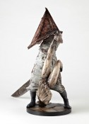 Silent Hill Pyramid Head figurine - 02