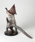 Silent Hill Pyramid Head figurine - 05