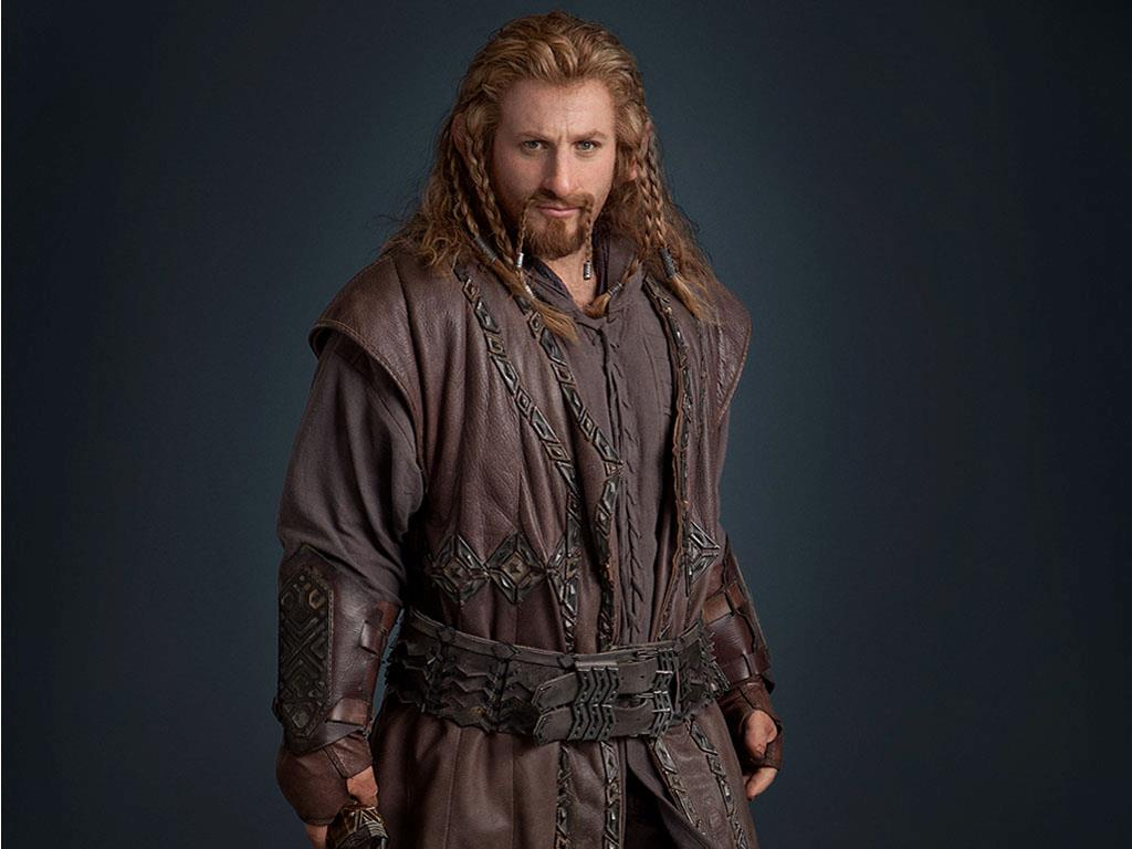 The Hobbit character gallery with Bilbo, Gandalf and the ...