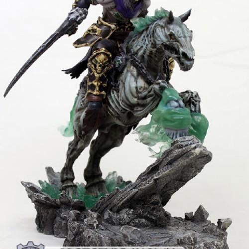 Darksiders 2's Death and Despair are immortalized as statues