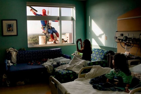 window-washing-superheroes-1
