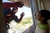 window-washing-superheroes-5