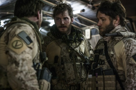 Chris-Pratt-Joel-Edgerton-Zero-Dark-Thirty-570x380