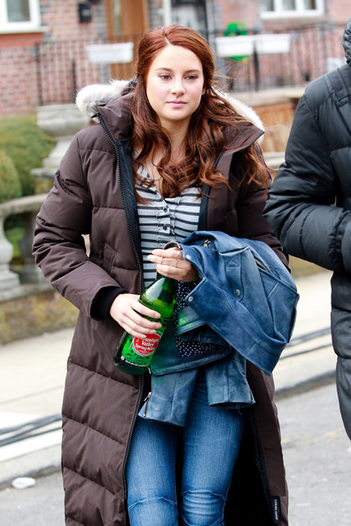 shailene woodley mary jane spider-man 2 b
