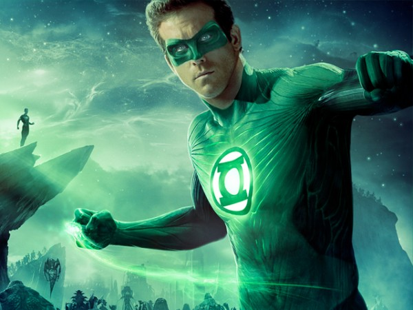 133543_movie-trailer-ryan-reynolds-is-green-lantern