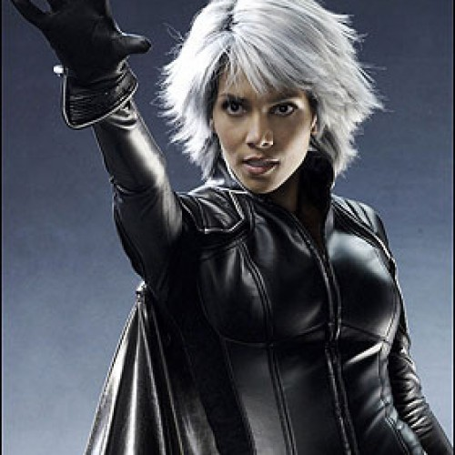 First look at Halle Berry in X-Men: Days of Future Past