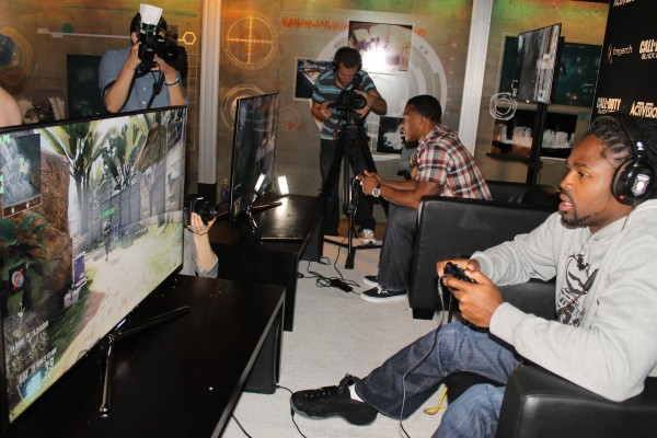 2 players you definitely don't want to cross, either on the football field or on Black Ops 2.
