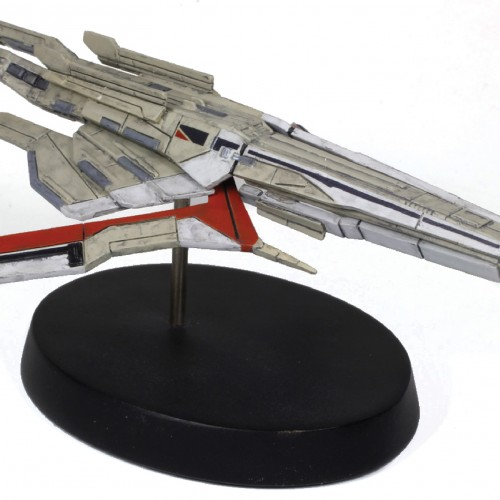 Mass Effect's Turian Cruiser ship gets a replica, courtesy of Dark Horse