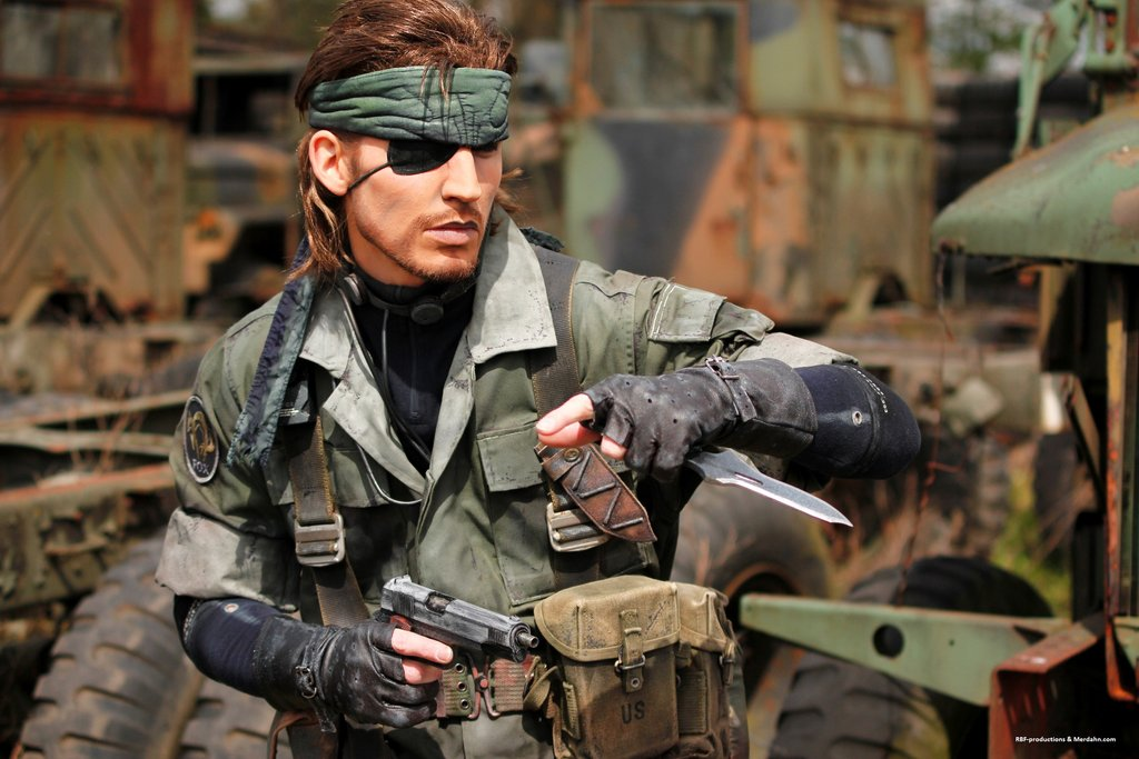 naked snake scientist by - photo #21