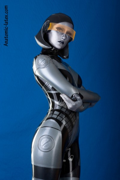 Mass Effect Cosplay - edi1-mini