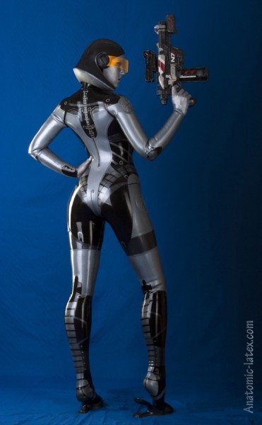 Mass Effect Cosplay - edi3mini