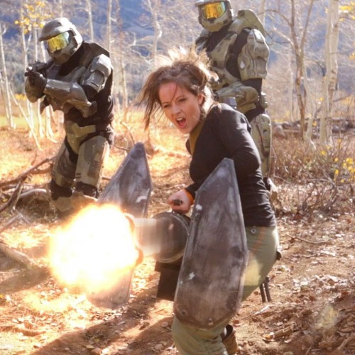 Lindsey Stirling finally does Halo theme!
