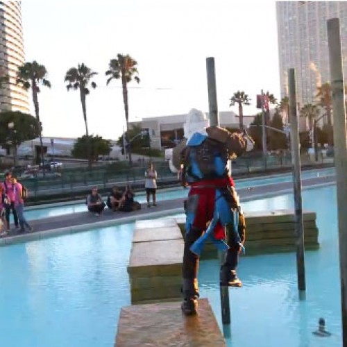 Assassin's Creed 4's Kenway does parkour at San Diego Comic-Con