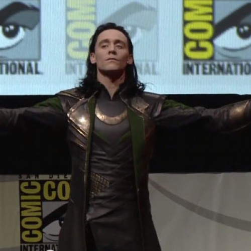 Loki surprises San Diego Comic-Con during the Thor: The Dark World panel (video)