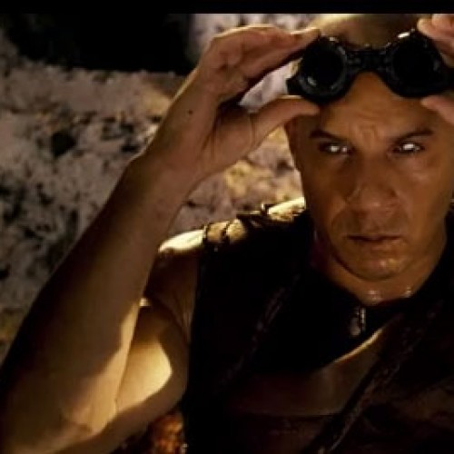 Riddick premieres a red-band trailer for SDCC