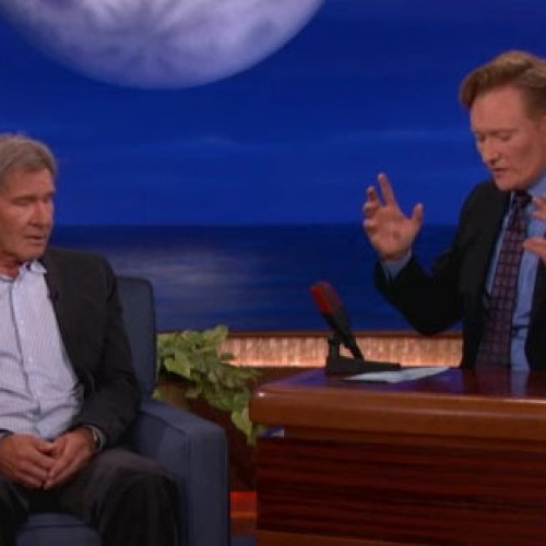 Harrison Ford provides news about Star Wars, does battle with Smurfs and points a lot on Conan