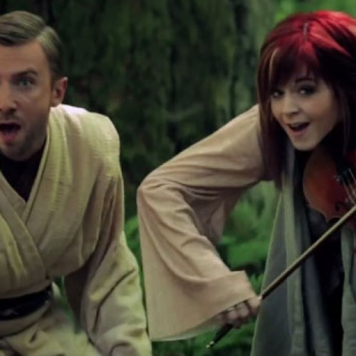 Lindsey Stirling and Peter Hollens do Star Wars medley