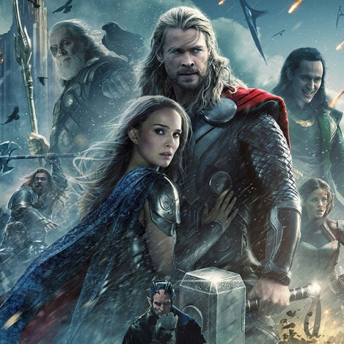 Chris Hemsworth was actually kissing his wife in Thor: The Dark World's kissing scene