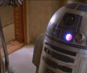 r2-d2-kenny-baker-in-star-wars-episode-i
