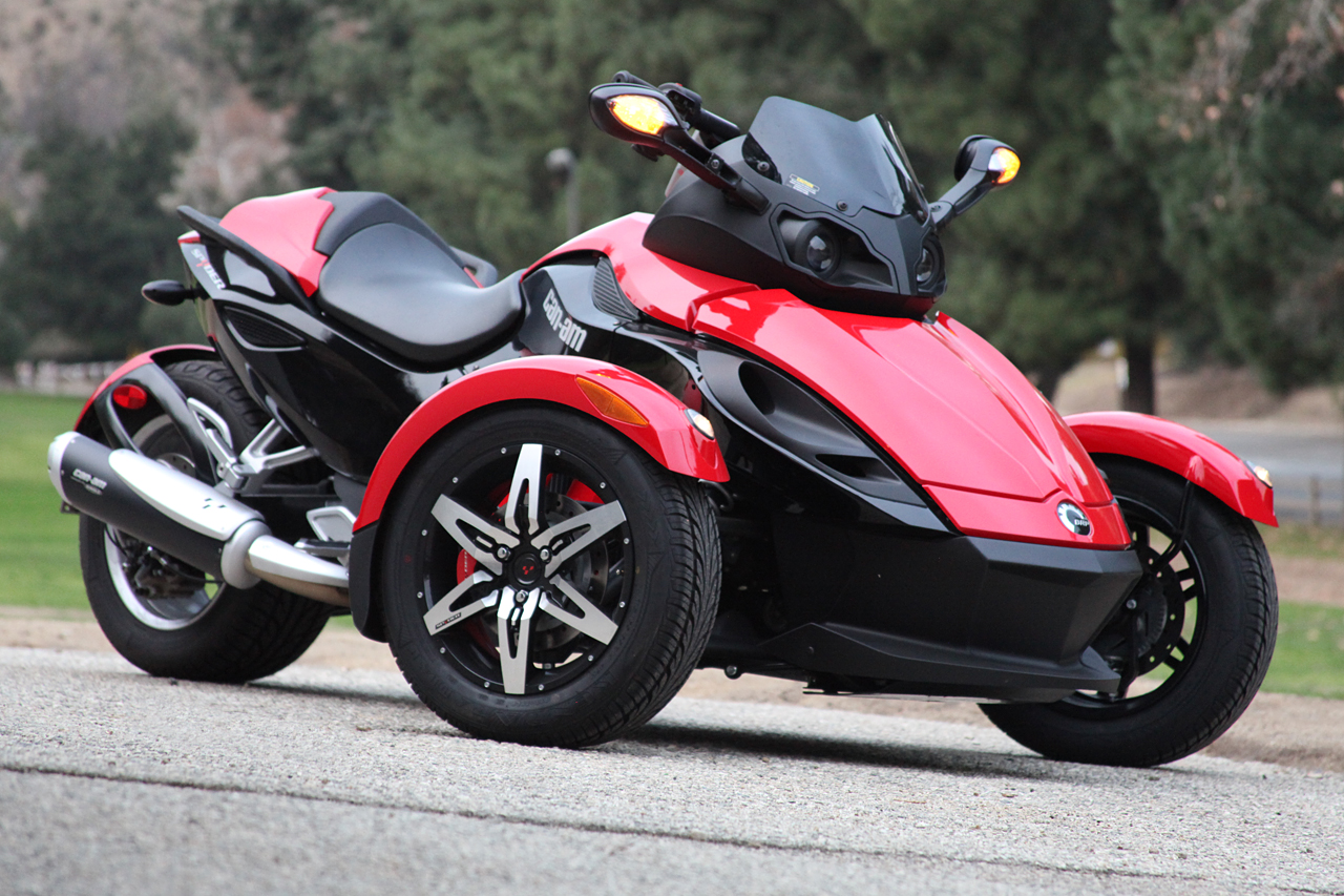 can am spyder december 39 13 pre event announcement nerd reactor. Black Bedroom Furniture Sets. Home Design Ideas